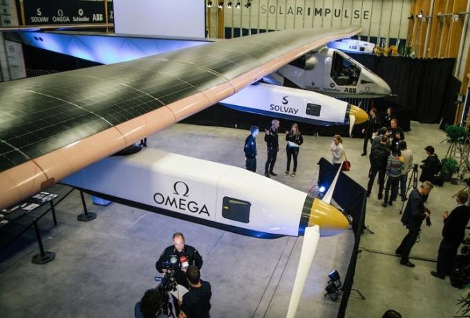 Ocolul Pamantului in avionul cu propulsie solara